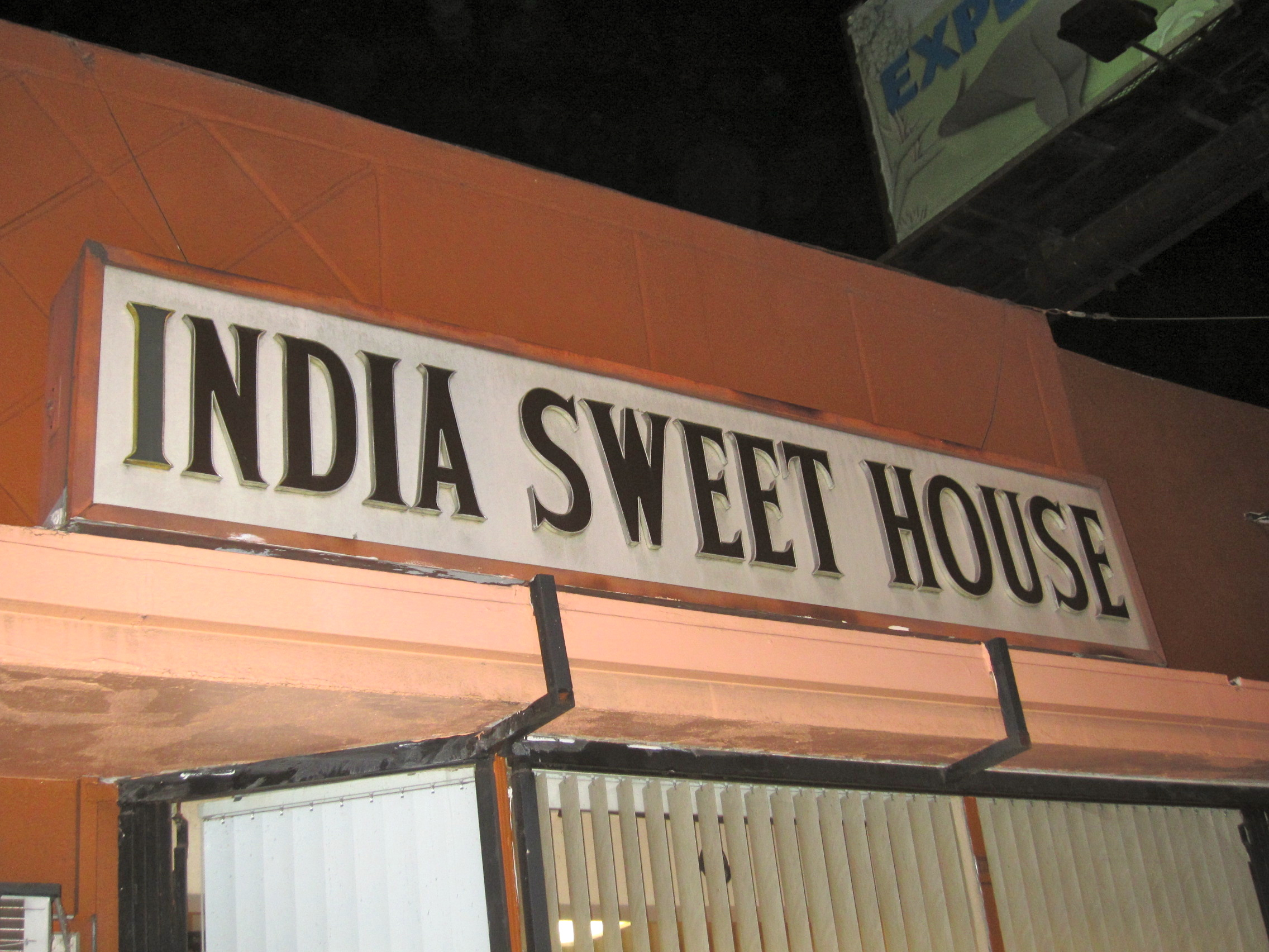 review india sweet house feed the monster